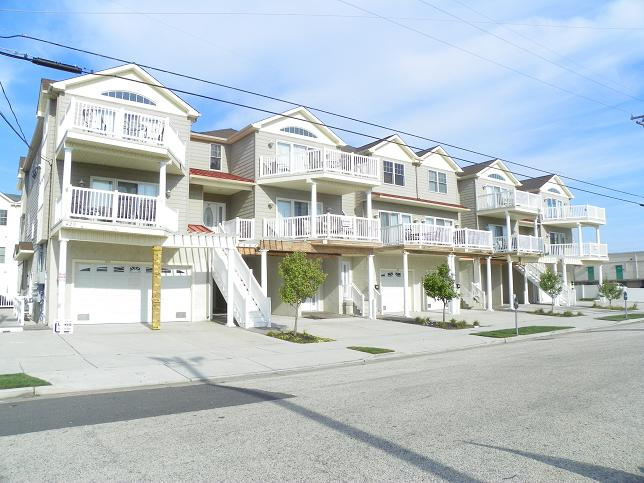 429 East 25th Avenue&nbsp;205, 2nd floor<br/>North Wildwood