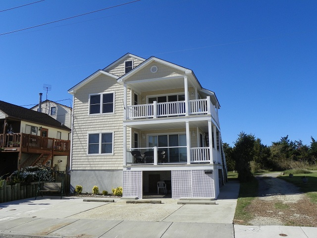 788 West Glenwood Avenue&nbsp;1st Floor <br/>West Wildwood